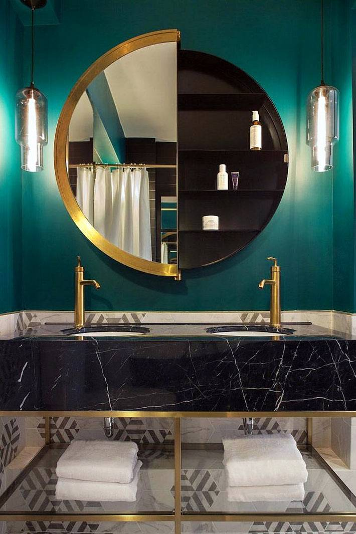 красивое оформление ванной в изумрудно-зеленом цвете