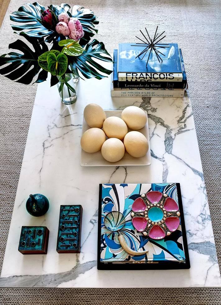 мраморная палитра в расцветке журнальных столов фото