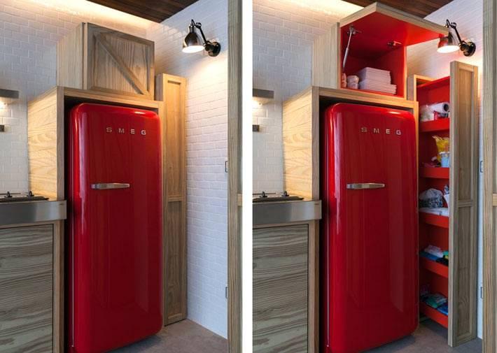 закрытые полки и ящики над холодильником фото