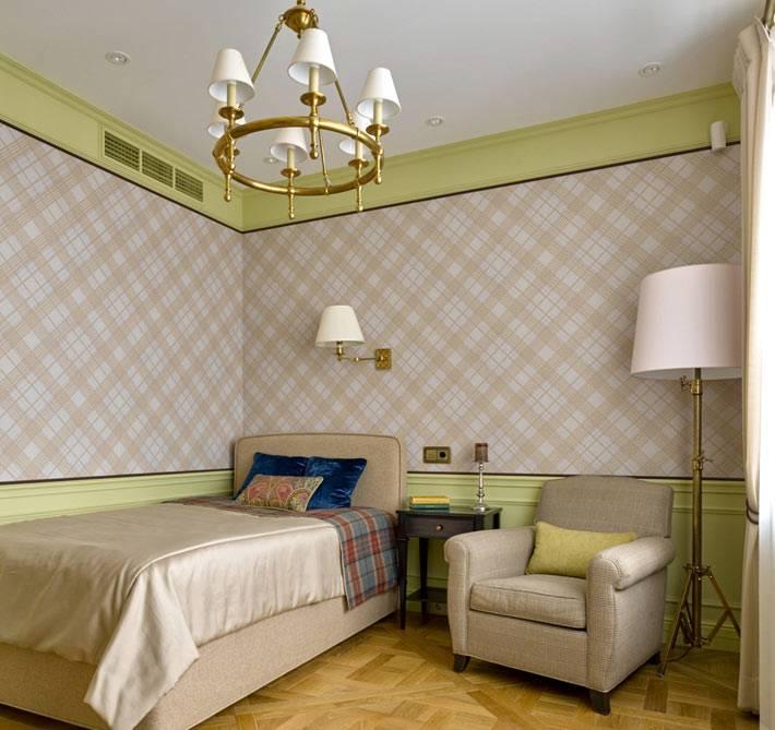 детская комната оформлена в строгом классичком стиле
