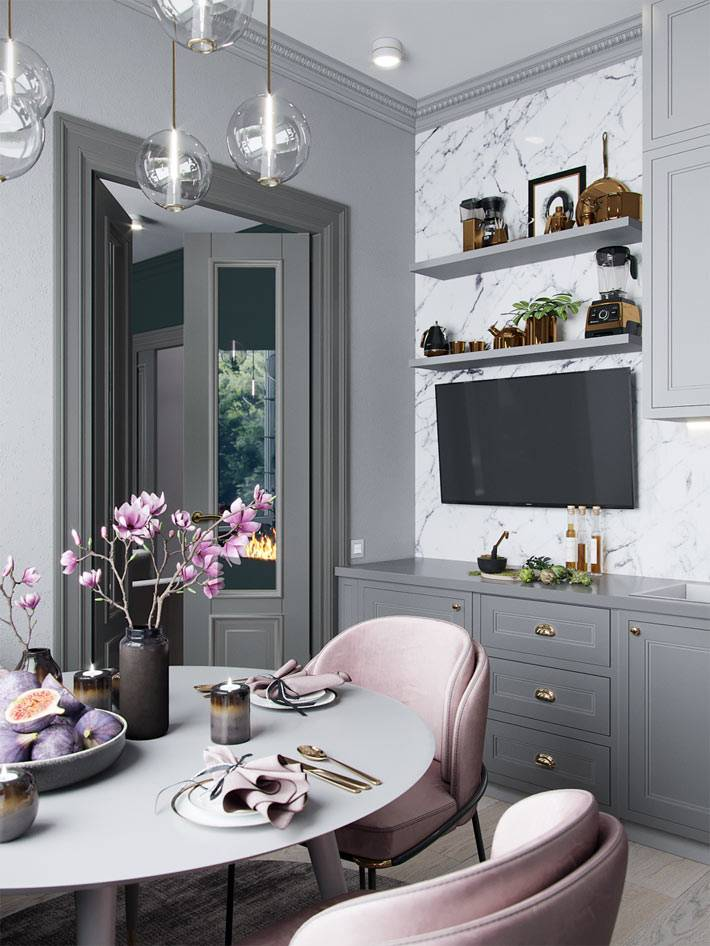 большой плоский телефозор на стене в интерьере кухни фото