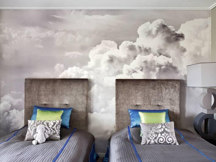 фотообои с облаками выбраны для оформления детской комнаты