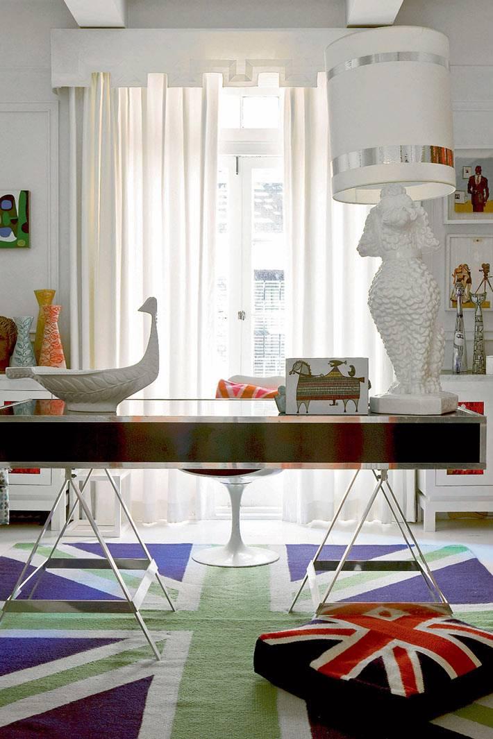 изысканный дизайн рабочего кабинета для девушки фото