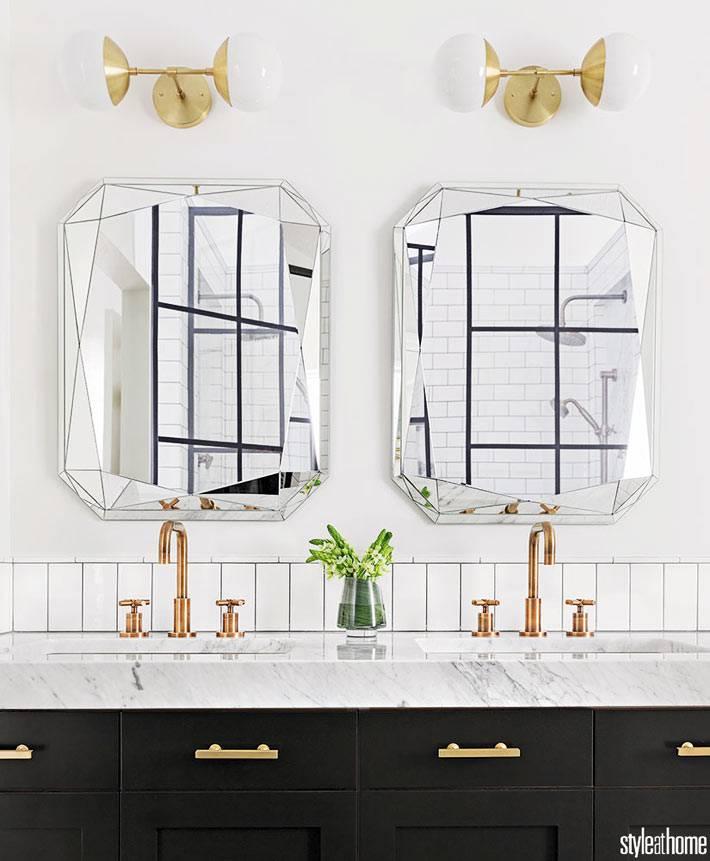 контрастное оформление интерьера ванной комнаты фото