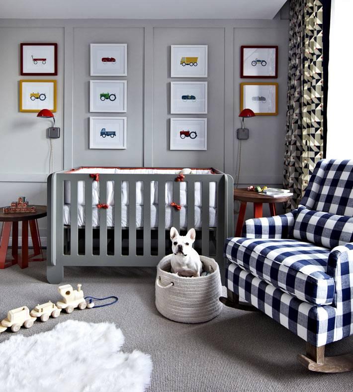 детская комната для мальчика с серыми стенами фото