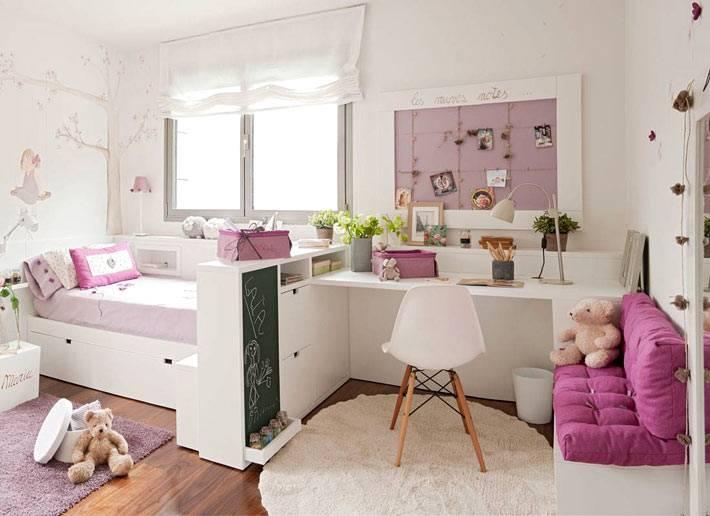 фиолетовый и белый цвет - лучший выбор для детской комнаты
