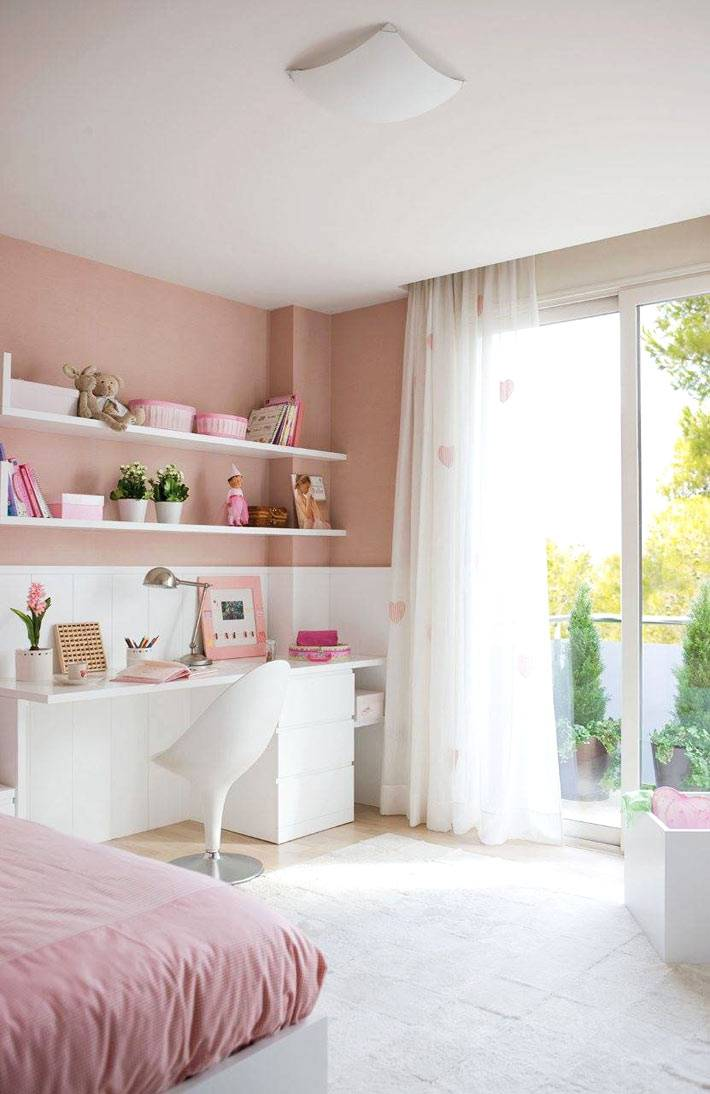 классический розовый цвет для оформления девичьей комнаты