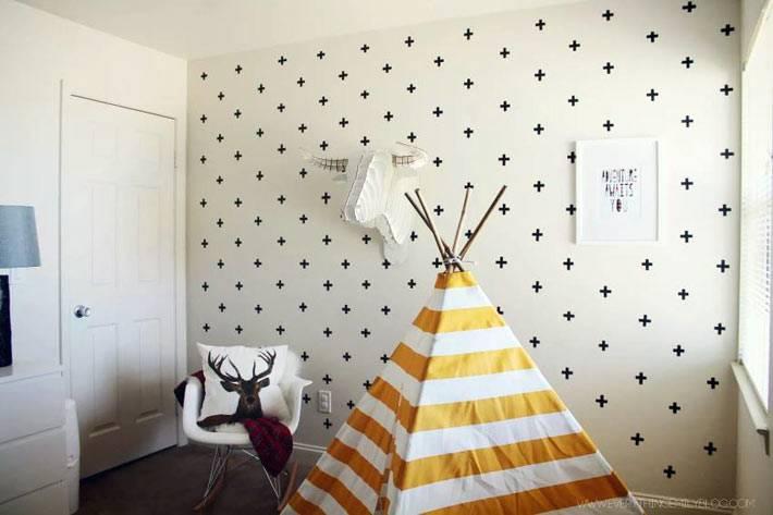 монохромная роспись стен детской комнаты своими руками