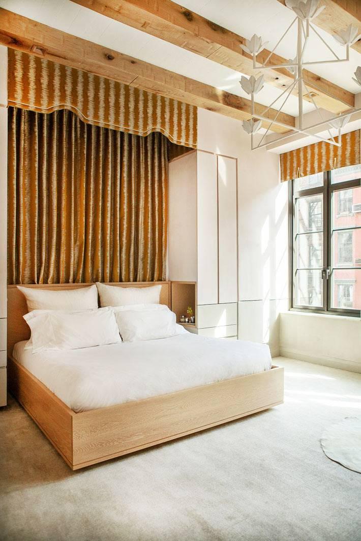 драпировка стен из бархата в дизайне спальни