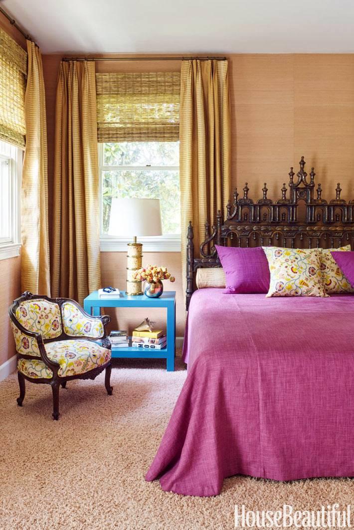 кровать с кованым изголовьем для спальни в восточном стиле
