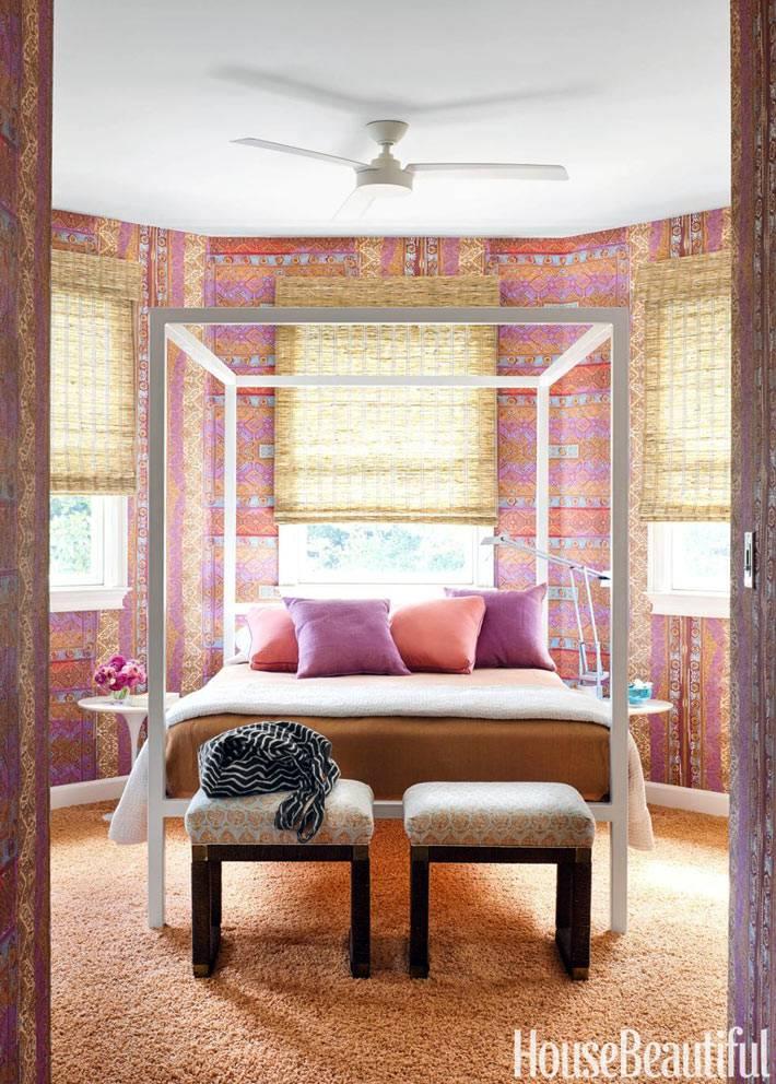 интерьер спальни неправильной формы в восточном стиле фото