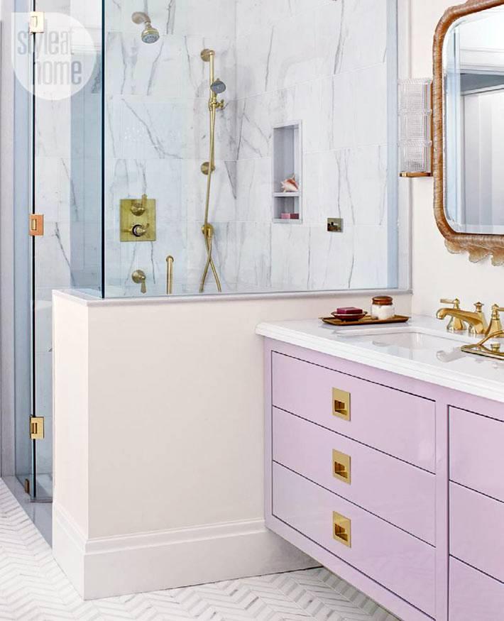 ванная комната с душевой и отдельной ванной фото