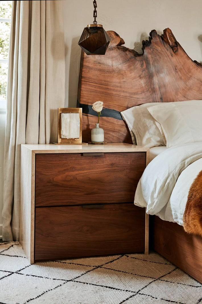 дерево - остновной материал для оформления красивой спальни