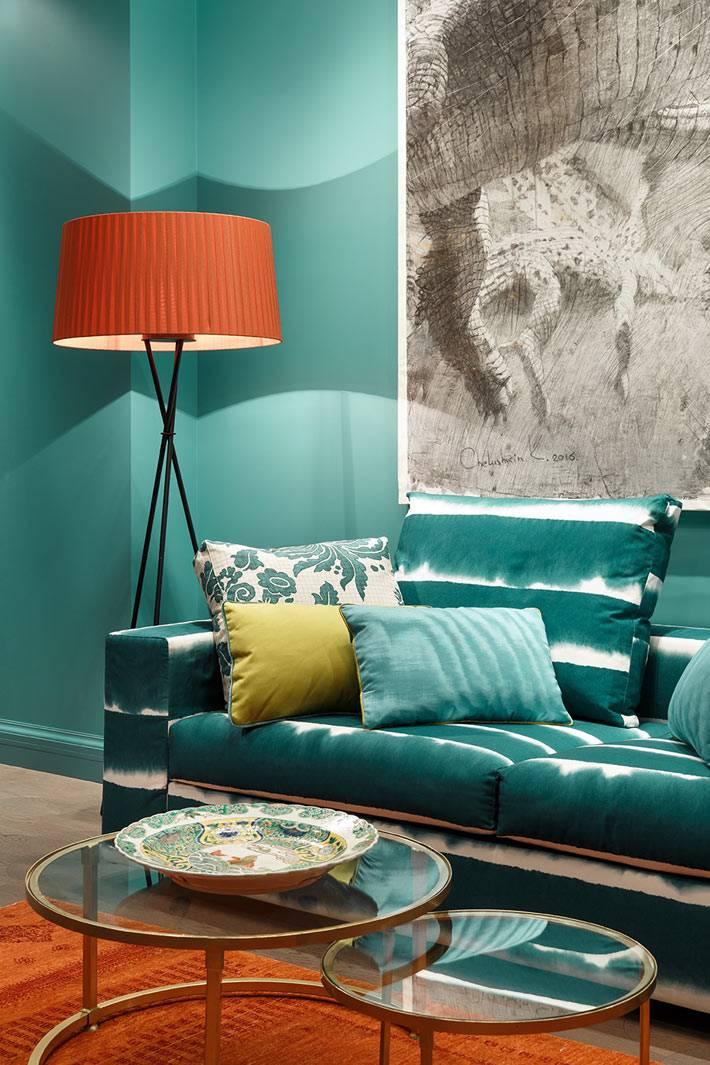 как внедрить зелёный цвет в современную гостиную комнату