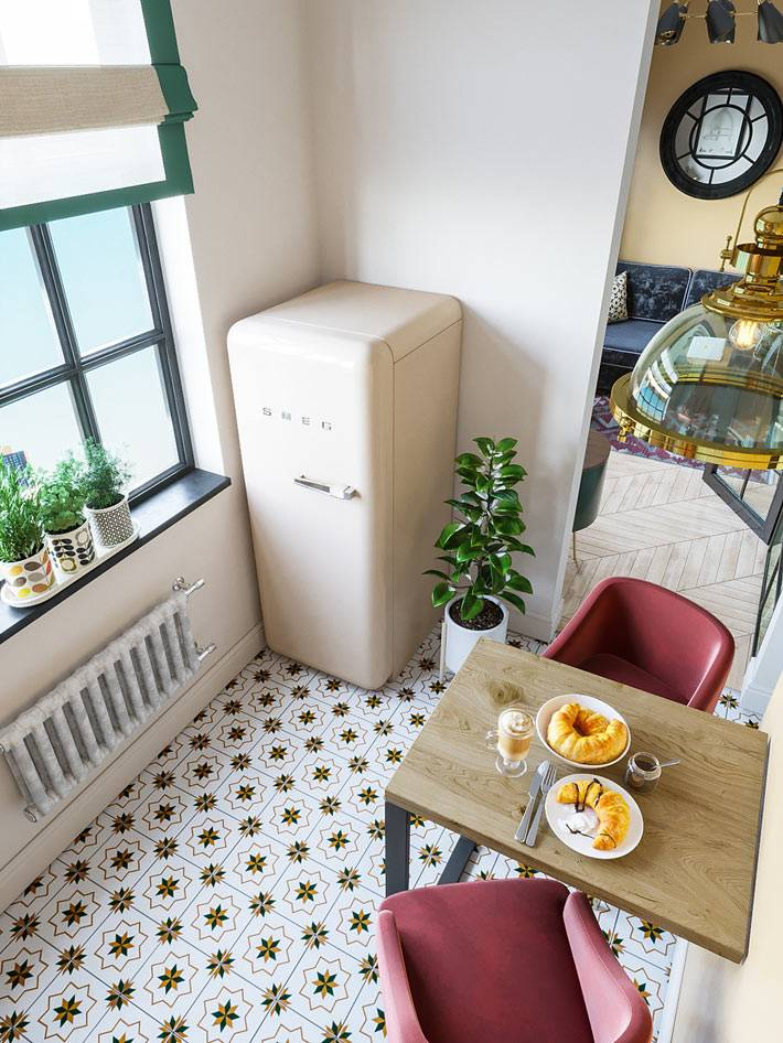 ретро-холодильник SMEG в маленькой кухне фото