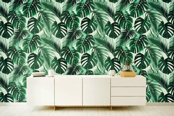 тропический рисунок из крупных листьев - модные обои 2019