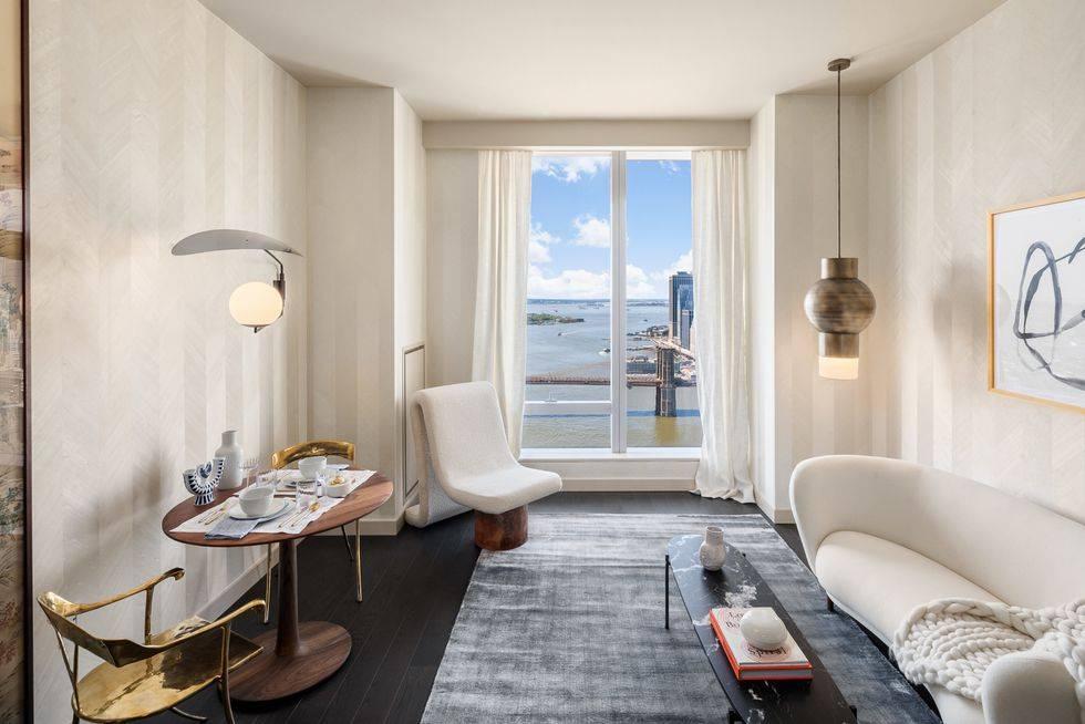 комната с белыми стенами и белой мебелью - минимализм в квартире