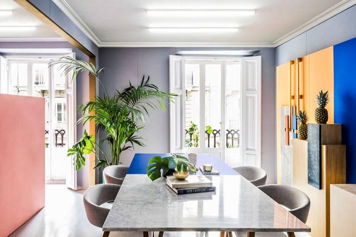 яркие решения для оформления рабочего пространства дизайнеров