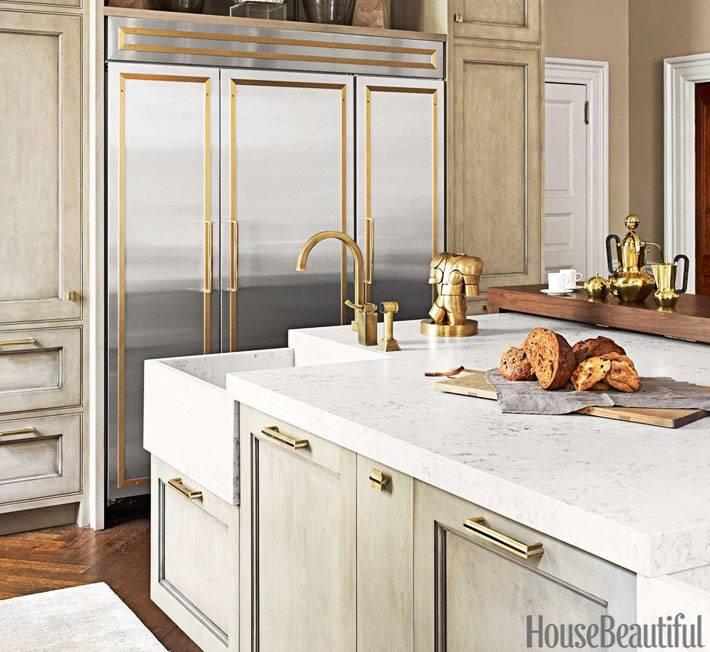 латунные вставки и фитинги в декоре кухни фото