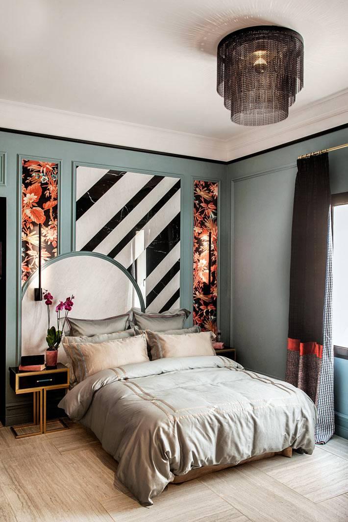 смелое сочетание цвета и текстур в оформлении спальни фото