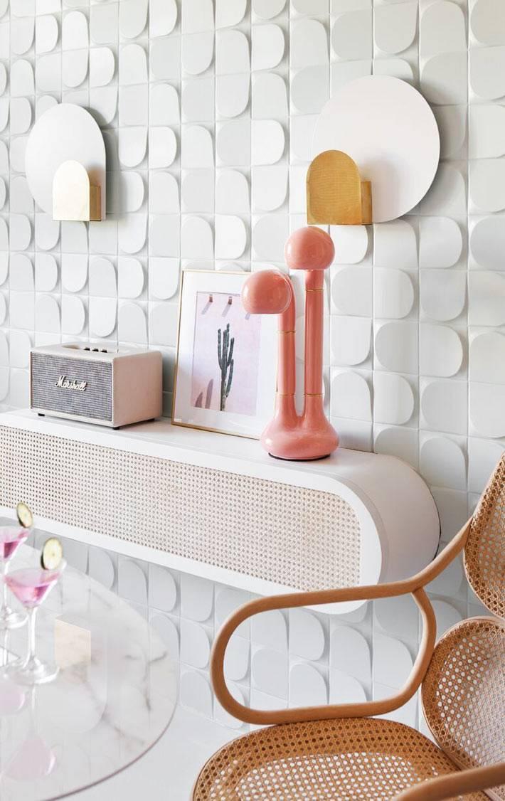 ретро радио-приёмник, овальная полочка, розовый светильник