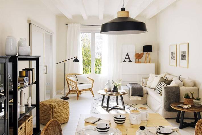 черный, белый и бежевый цвета в интерьере квартиры для девушки
