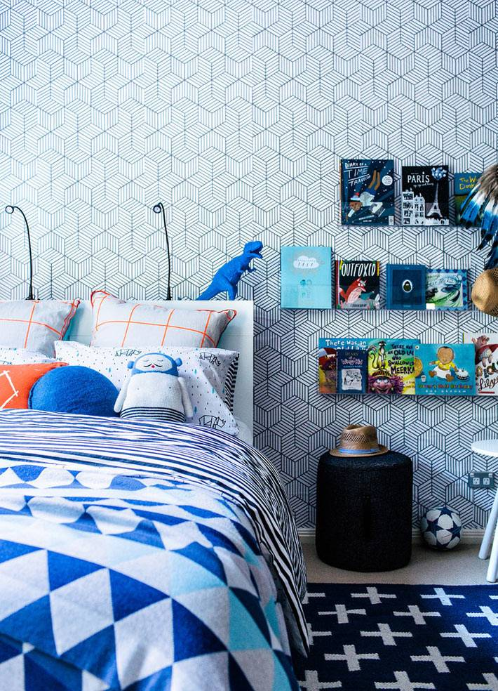 дизайн детской спальни мальчика в синем цвете фото