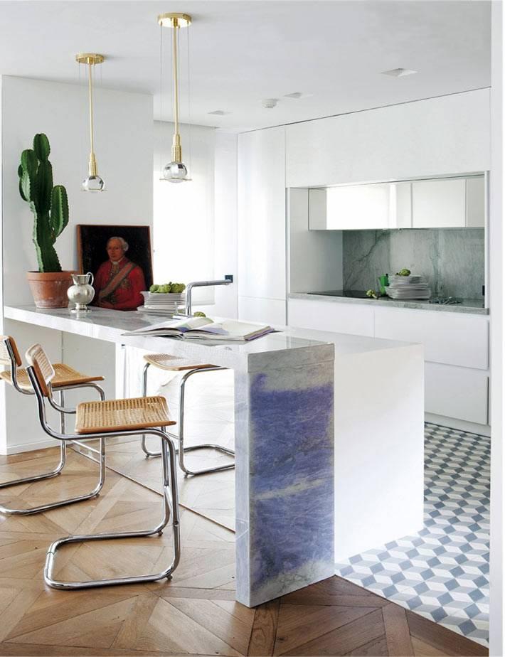 зонирование на кухне с помощью напольного покрытия