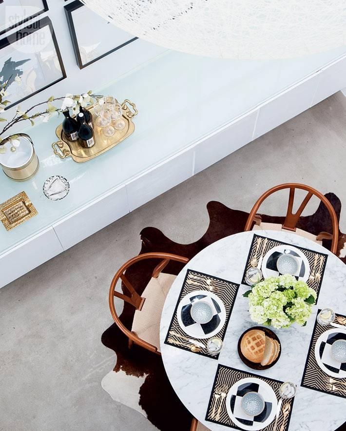 красивая сервировка обеденного стола на четверых фото