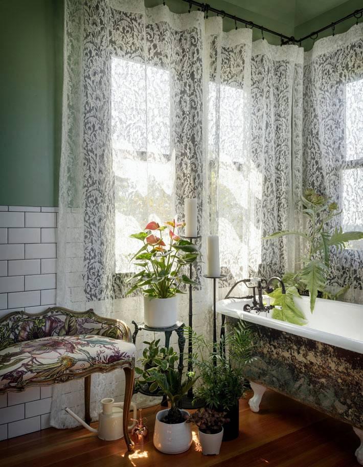 милая и уютная ваннная комната в стиле ретро фото