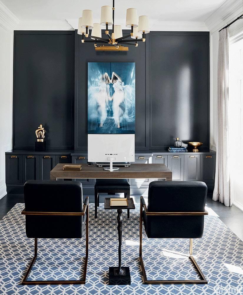 черная акцентная стена в дизайне домашнего кабинета фото