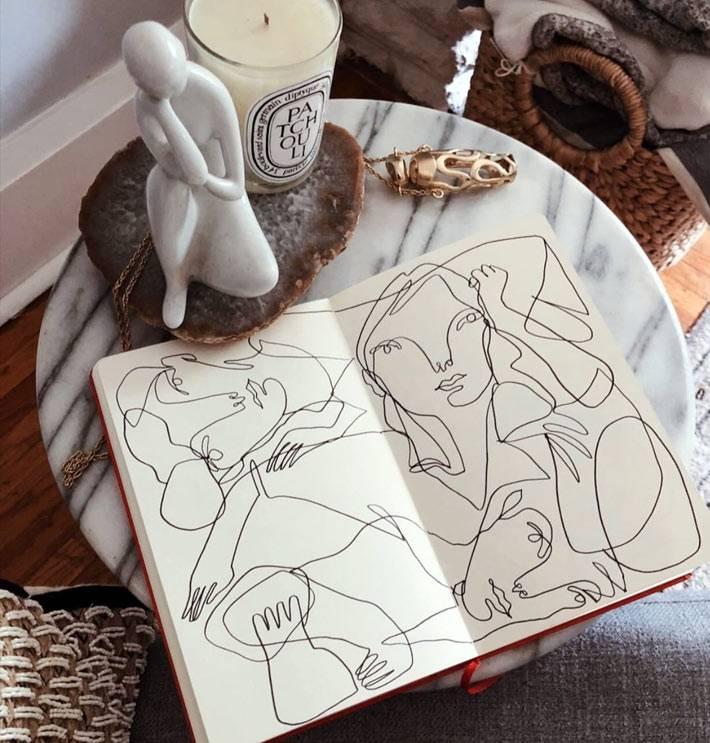 Иллюстрации Elissa Barber на мраморном столике