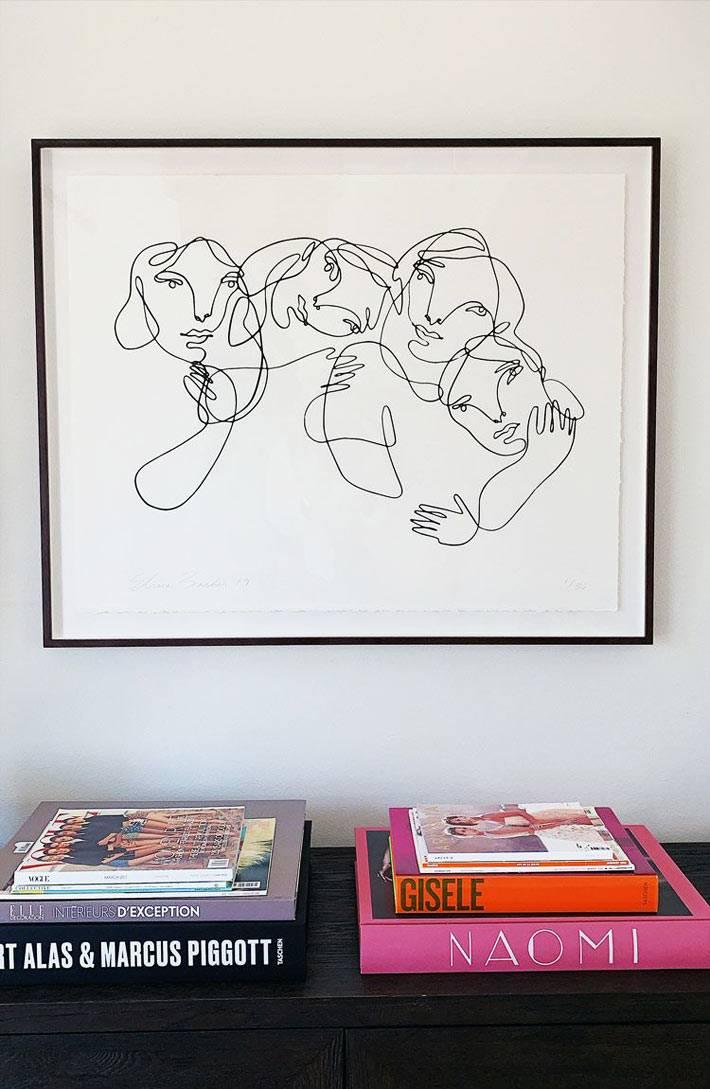 минималистичный рисунок из женских лиц Elissa Barber