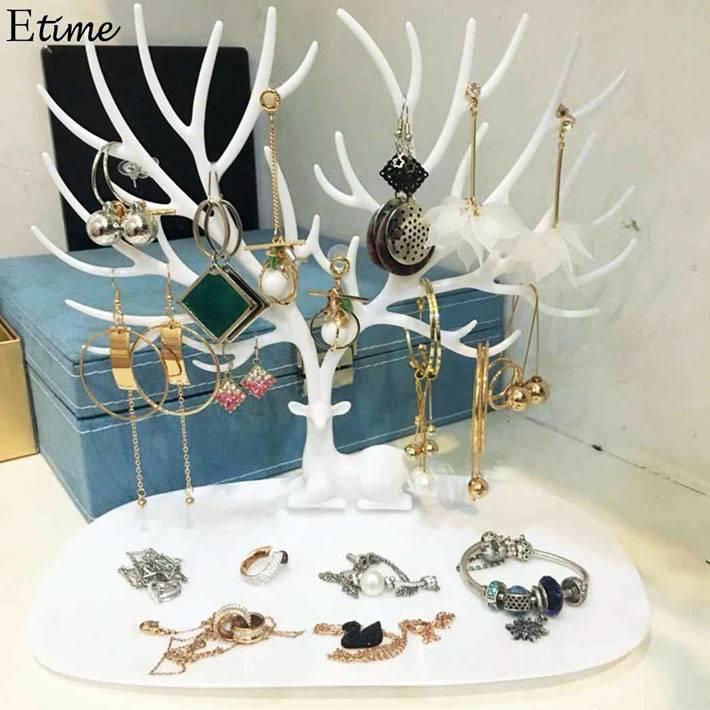 олень с ветвистыми рогами для красивого хранения украшений
