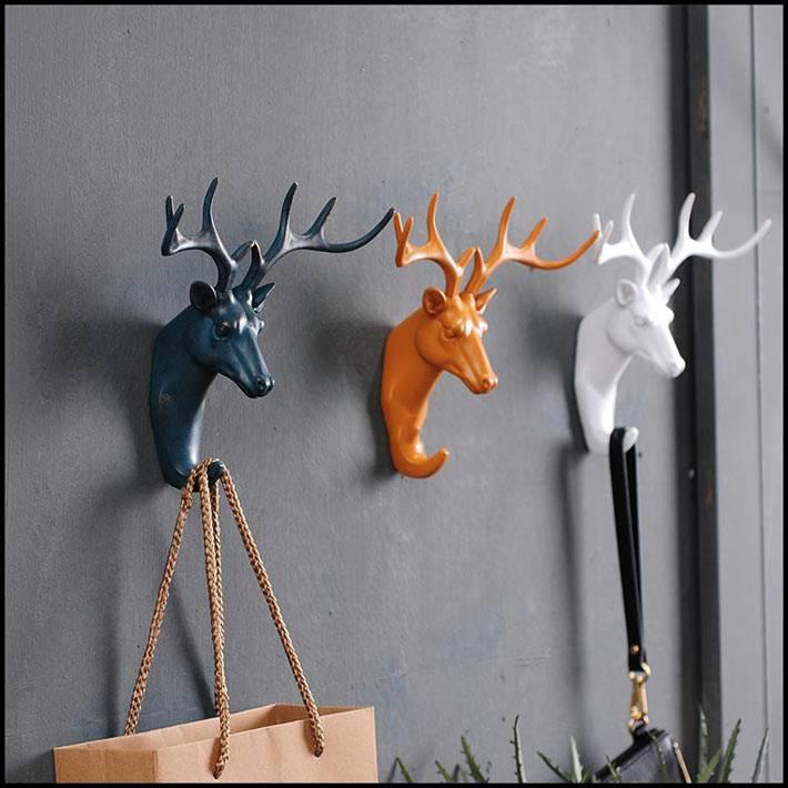 оригинальные разноцветные крючки с оленями как вешалка для пакетов