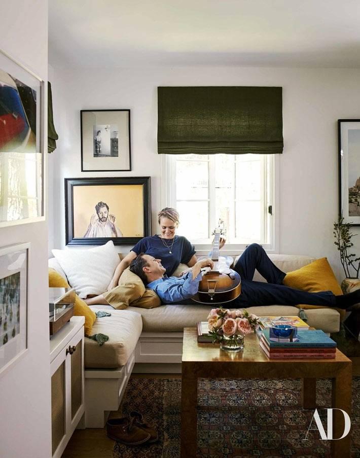 приятный дизайн большого дома для семьи фото