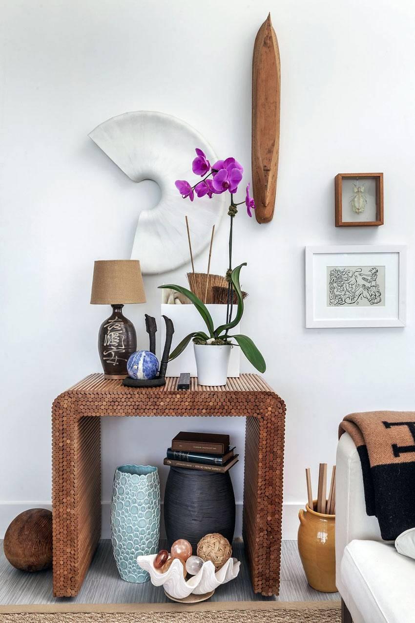 деревянные эленты в декоре современного интерьера комнаты