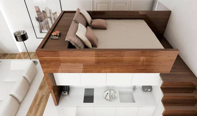 удобная кровать на возвышении в квартире фото