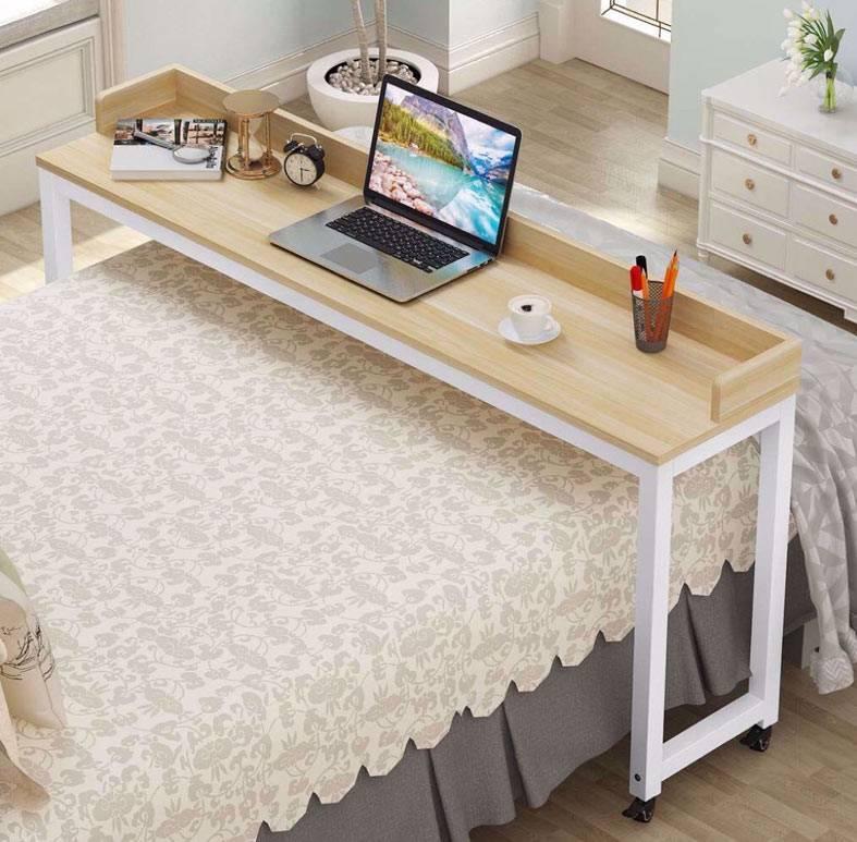 надкроватный стол Carillo в спальне фото