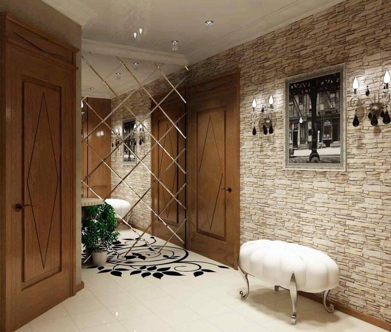 стены прихожей из искусственного камня, красивое зеркало