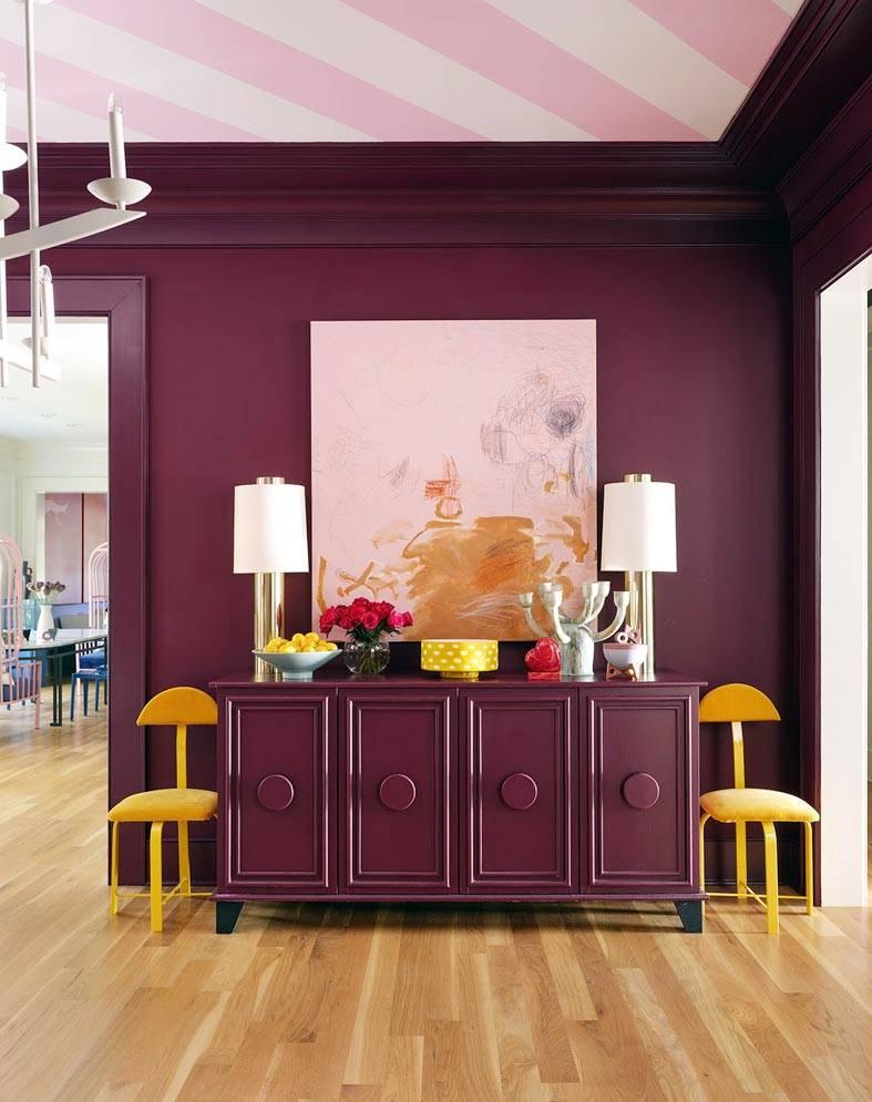 темно-бордовый цвет для интерьера гостиной