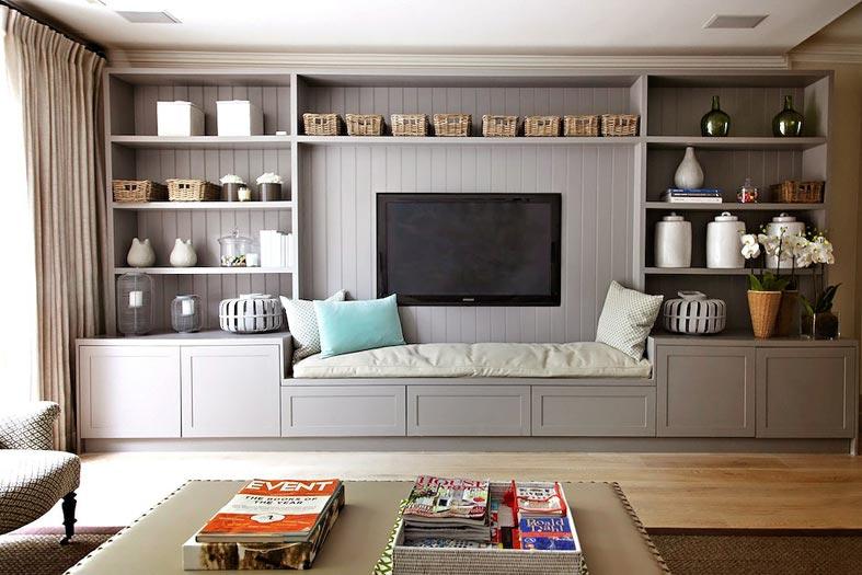 современная стенка-стеллаж под телевизор в гостиной