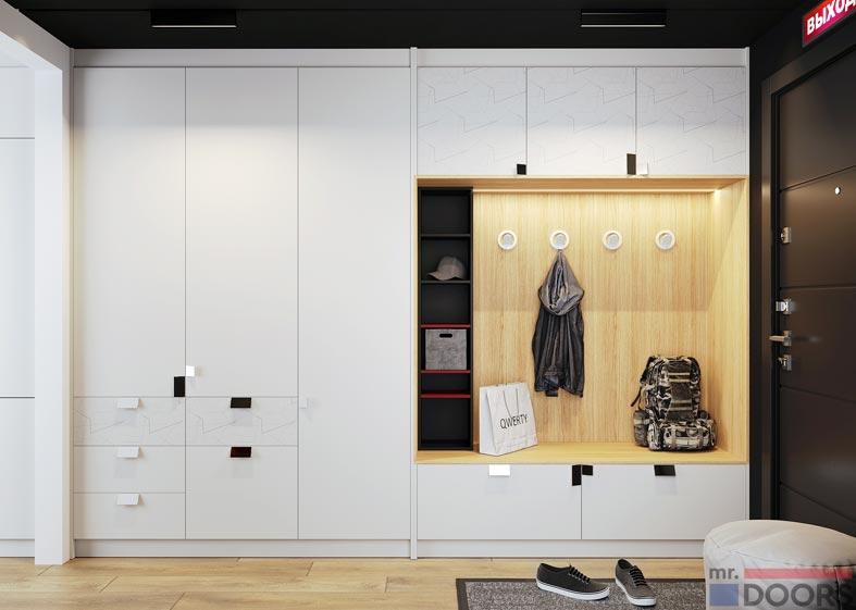 большой белый закрытый шкаф для одежды и обуви