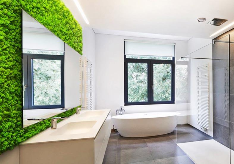 современный дизайн ванной с зеленым мохом