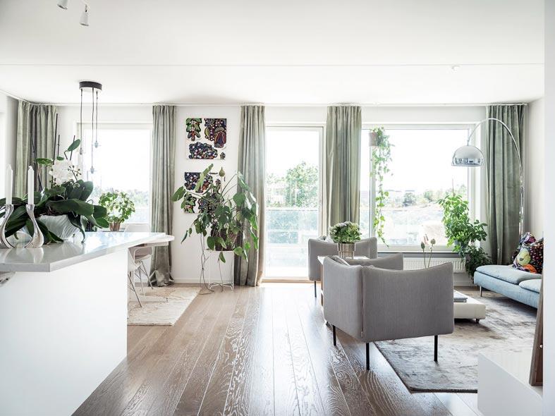 панорамные окна - больше солнечного света в комнате