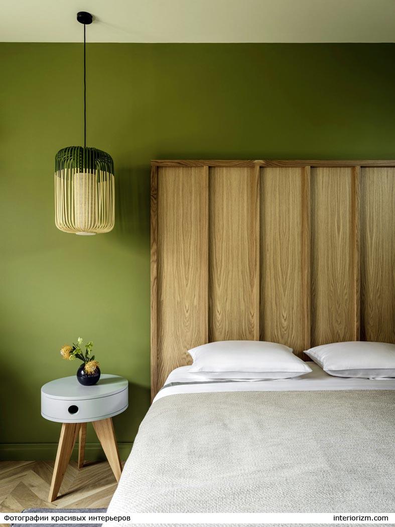 минимализм и зеленый цвет в дизайне спальни фото
