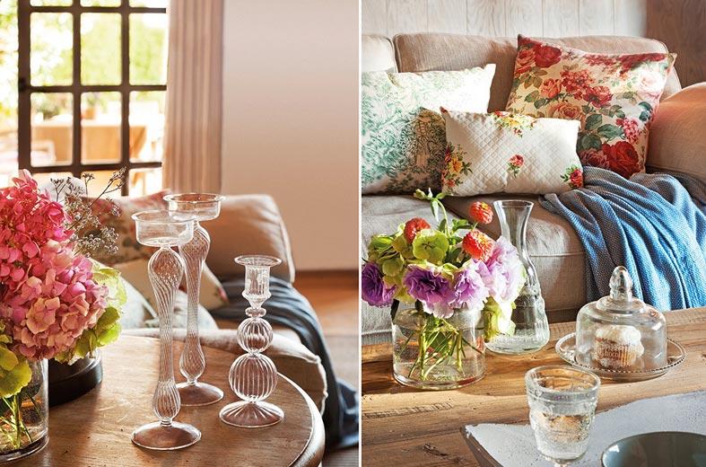 вазы с цветами и без на журнальном столике